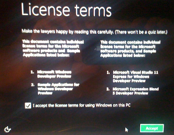 Windows 8 License Screen
